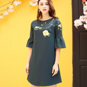 Đầm suông vẽ hoa-AD170359