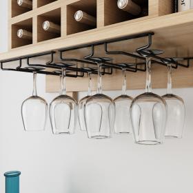 Giá treo ly gắn tủ cực tiện cho phòng bếp
