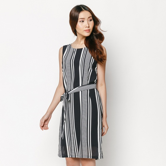 Đầm dạo phố quý phái HK 540