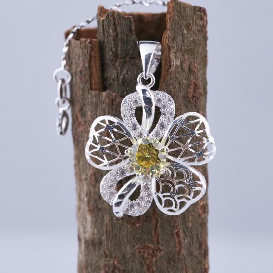 Opal - Dây chuyền bạc kèm mặt hoa 5 cánh T05