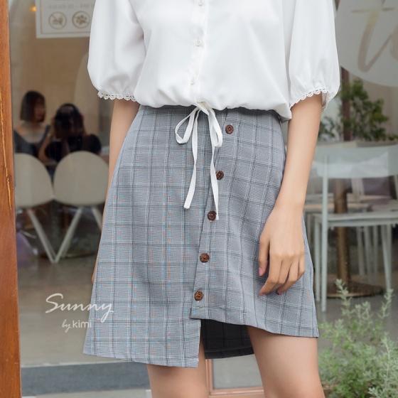 Chân váy ngắn có túi-VN180015