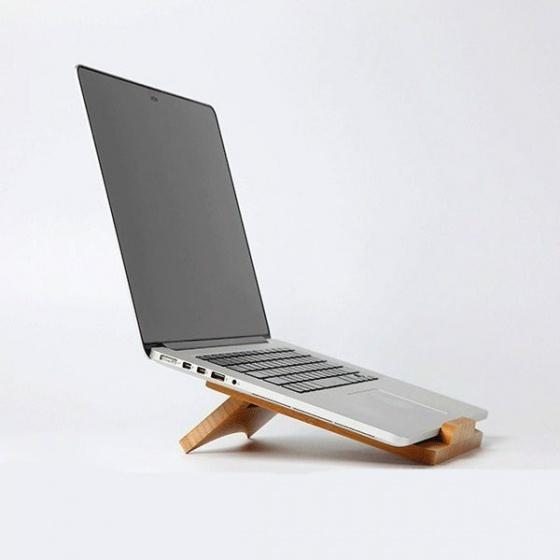 Dock tản nhiệt tích hợp giá đỡ bằng gỗ cho Laptop, Macbook Aturos U1