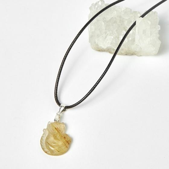 Mặt dây chuyền hồ ly thạch anh tóc vàng ôm hoa Mẫu Đơn 20x16mm mệnh thủy, kim - Ngọc Quý Gemstones