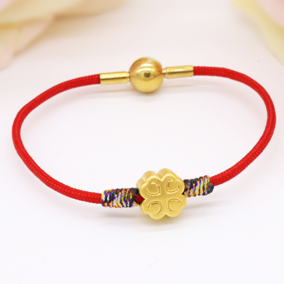 Vòng charm phong thủy hoa 4 lá vàng 24K DOJI CB60037-DDU