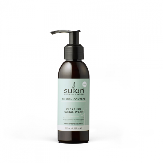 Sữa rửa mặt trị mụn Sukin blemish control clearing facial wash 125ml