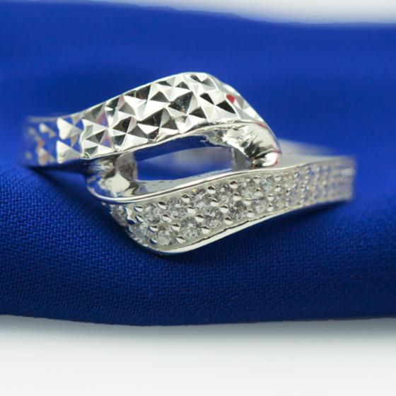 Nhẫn bạc Opal - V19