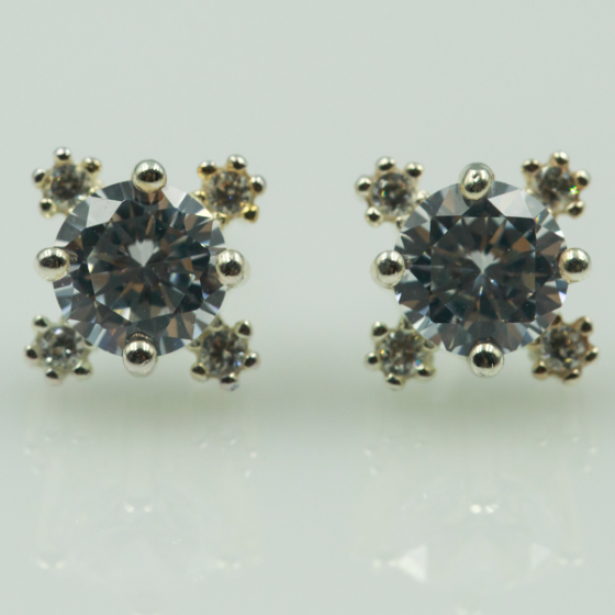 Hoa tai bạc đính đá - Opal - E17