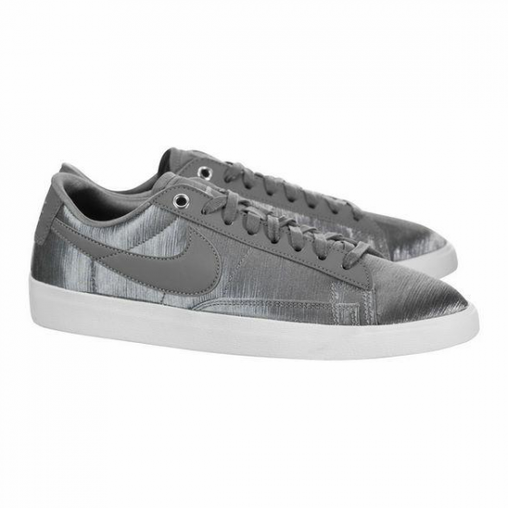 Giày thời trang thể thao W NỮ BLAZER LOW SE AO1251-002