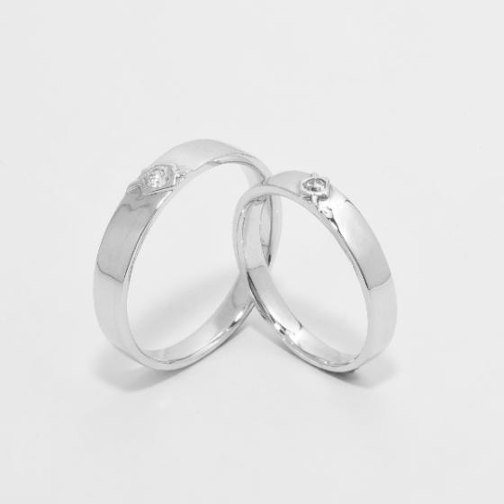 Cặp nhẫn đôi vàng trắng DOJI cao cấp 14K đính đá Swarovski 11S