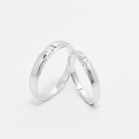 Cặp nhẫn đôi vàng trắng DOJI cao cấp 14K đính đá Swarovski 1665