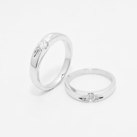 Cặp nhẫn đôi vàng trắng DOJI cao cấp 14K đính đá Swarovski 909