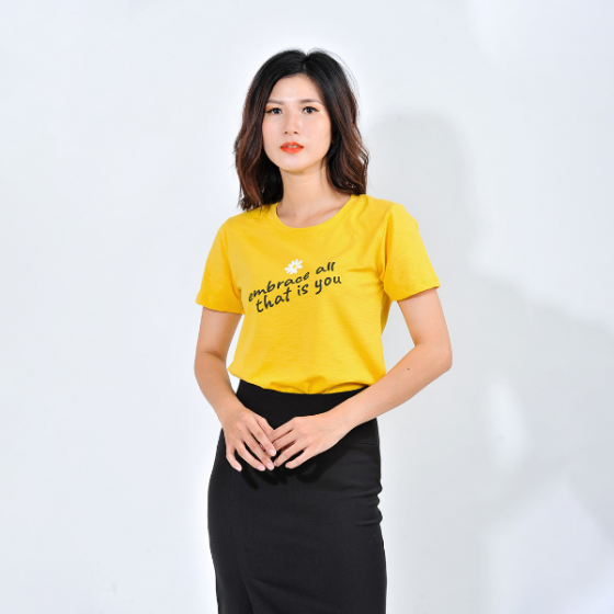 Áo thun nữ thời trang Eden tay ngắn in chữ embrace all - AT086