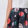 Đầm xòe thời trang Eden họa tiết hoa hồng màu trắng phối đen - D359