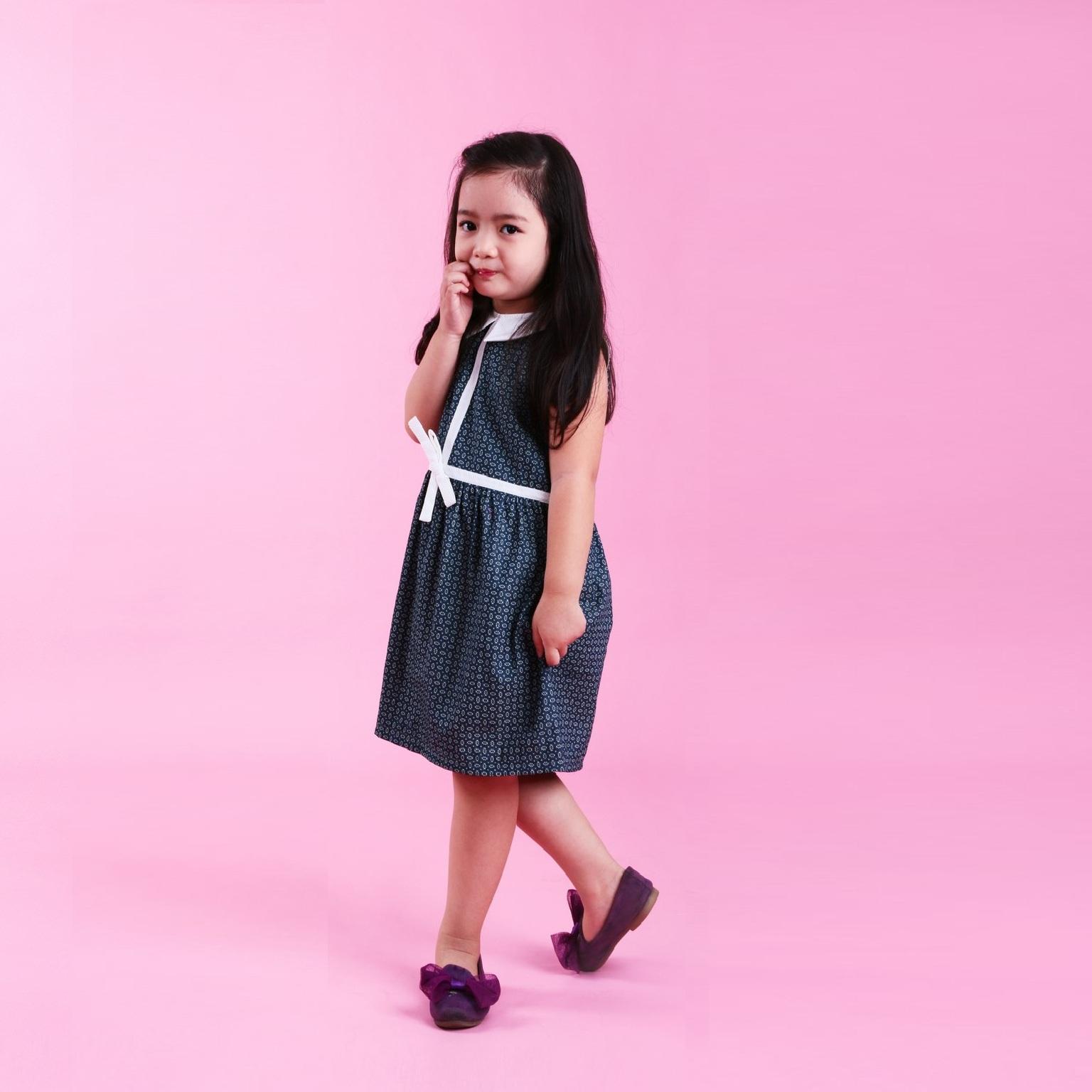 Đầm xòe bé gái phối viền - UKID37