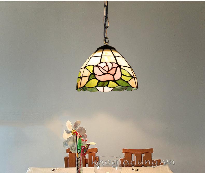 Đèn thả trầntrang trí họa tiết hoa hồng