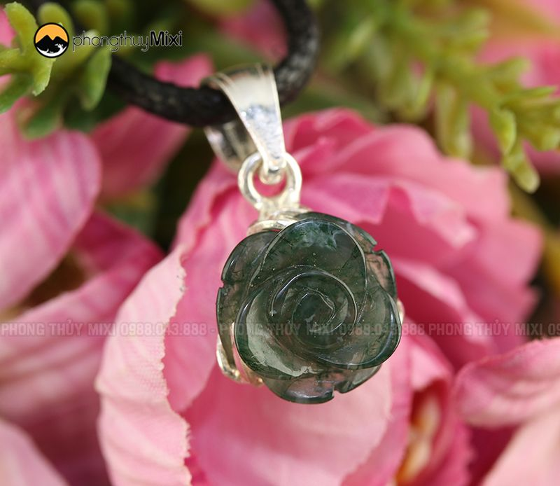 Dây chuyền mặt hoa mẫu đơn đá phong thủy Caxedon