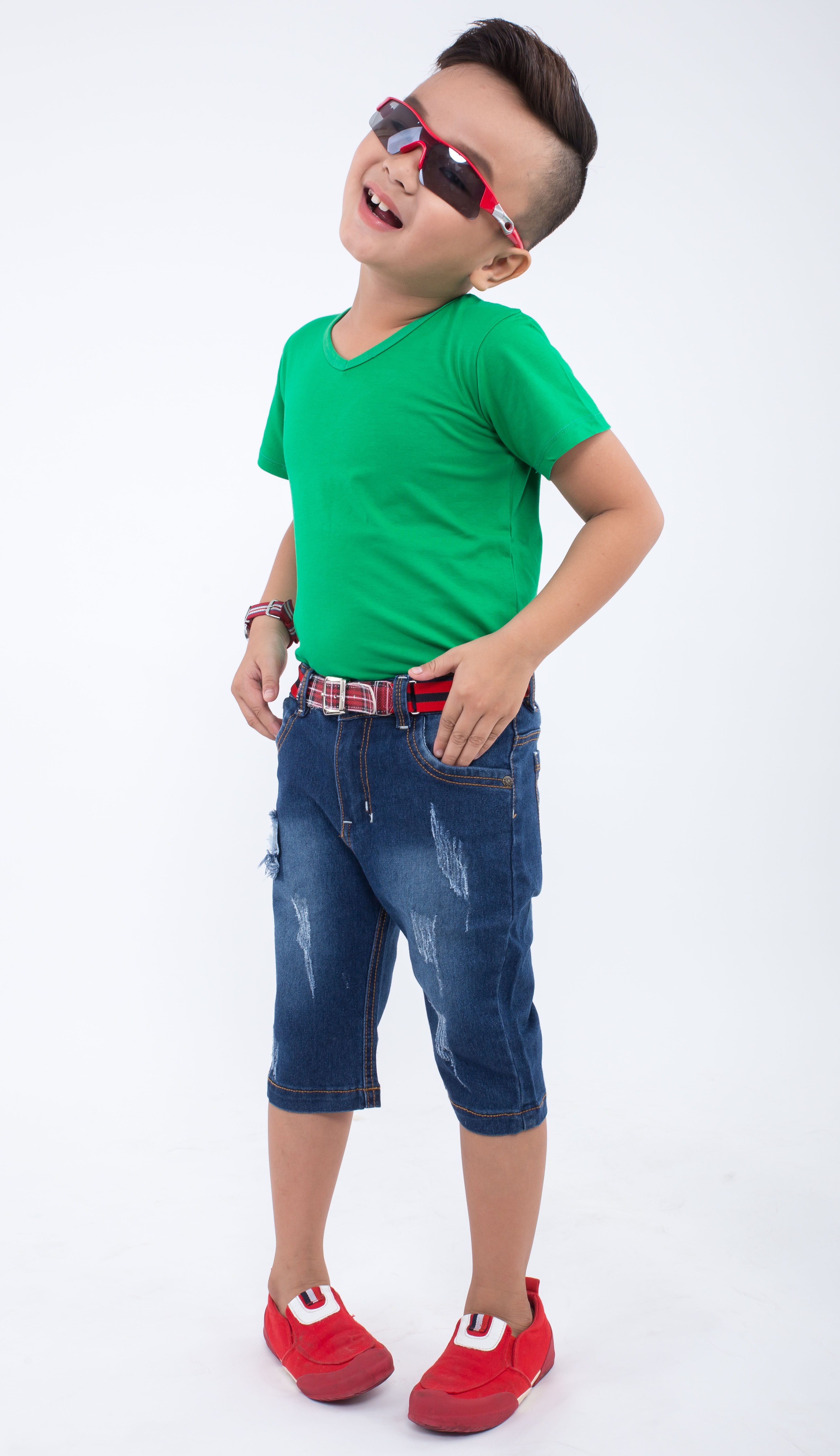 Quần jeans lửng bé trai Ugether UKID158 (Xanh jeans đậm)