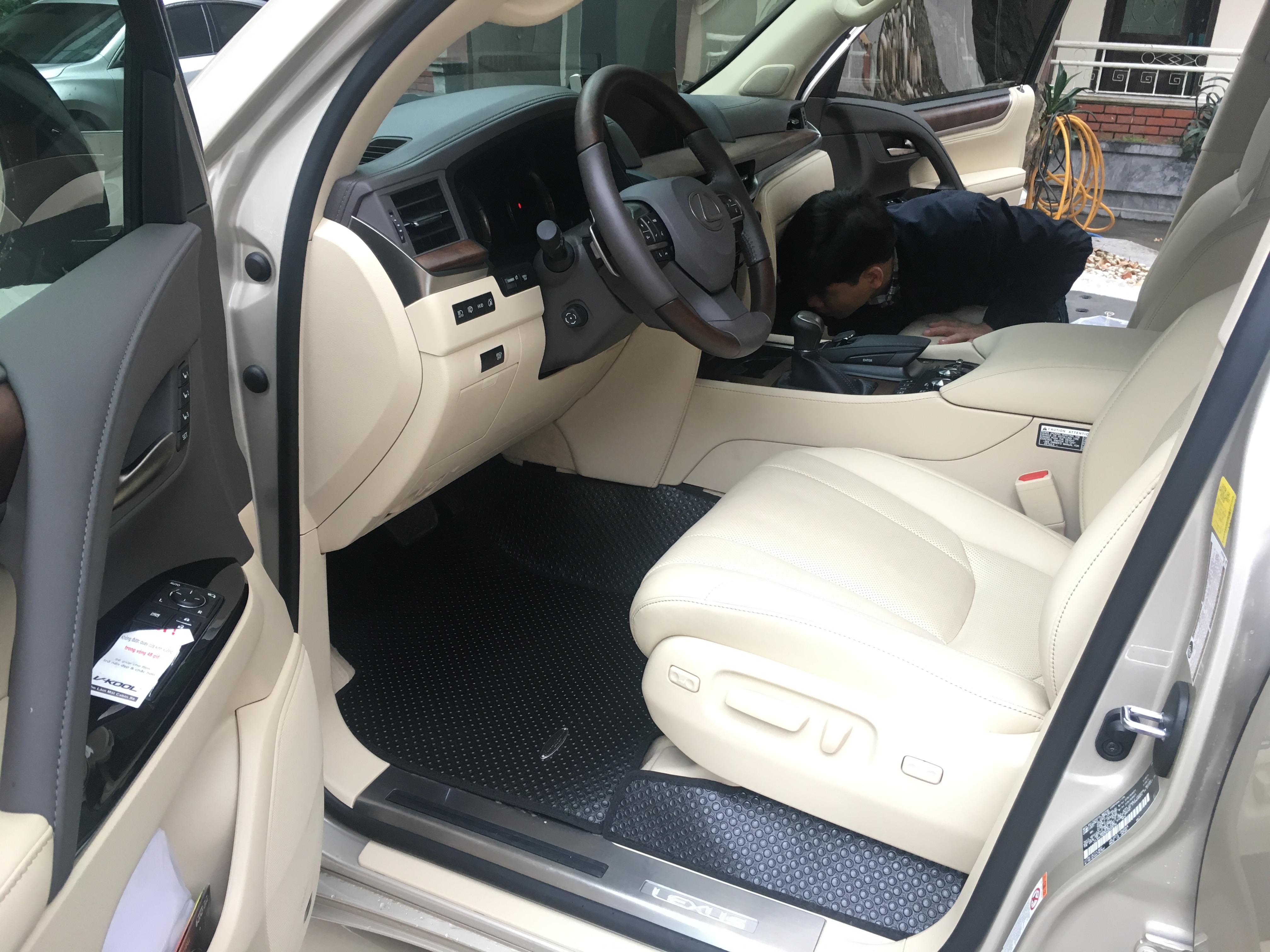 Thảm lót sàn ô tô Lexus LX570 (Black)