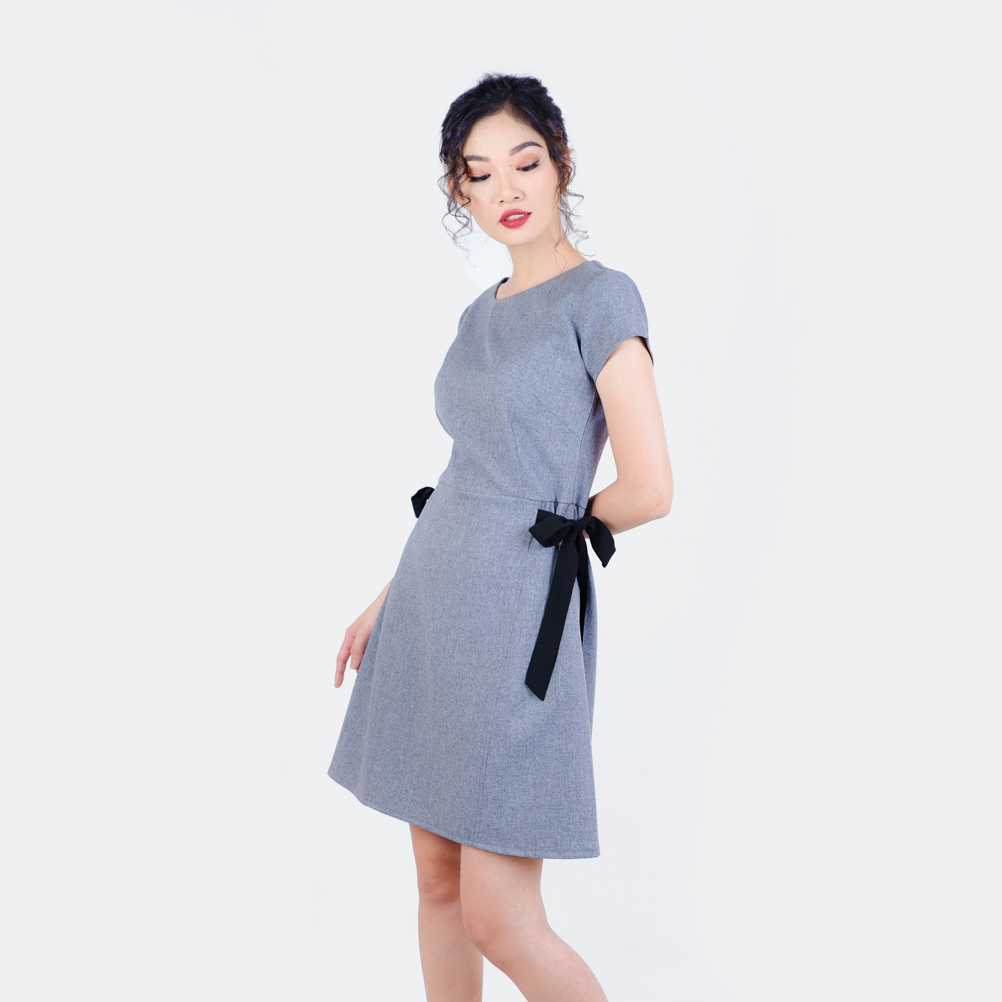 Đầm dạo phố thắt nơ eo thời trang Eden  d190