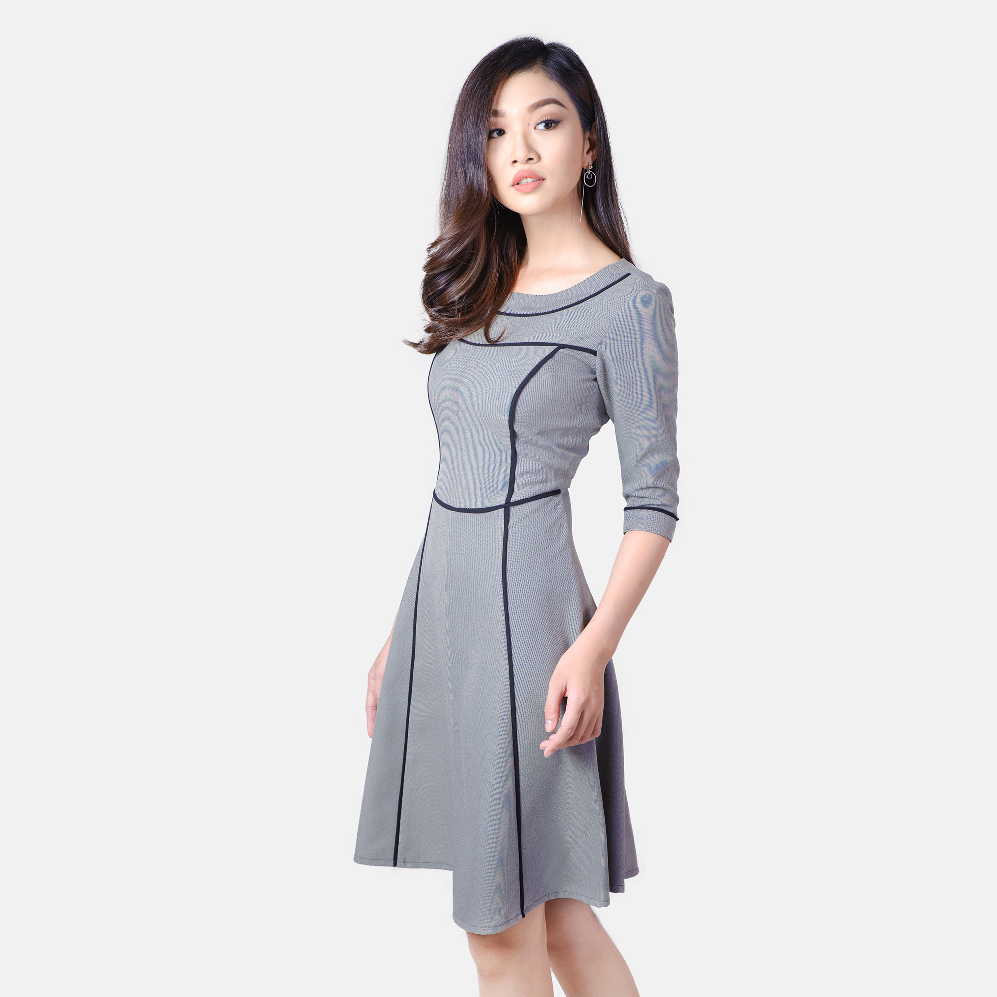 Đầm xòe tay lỡ phối viền đen thời trang Eden d177 (xám)
