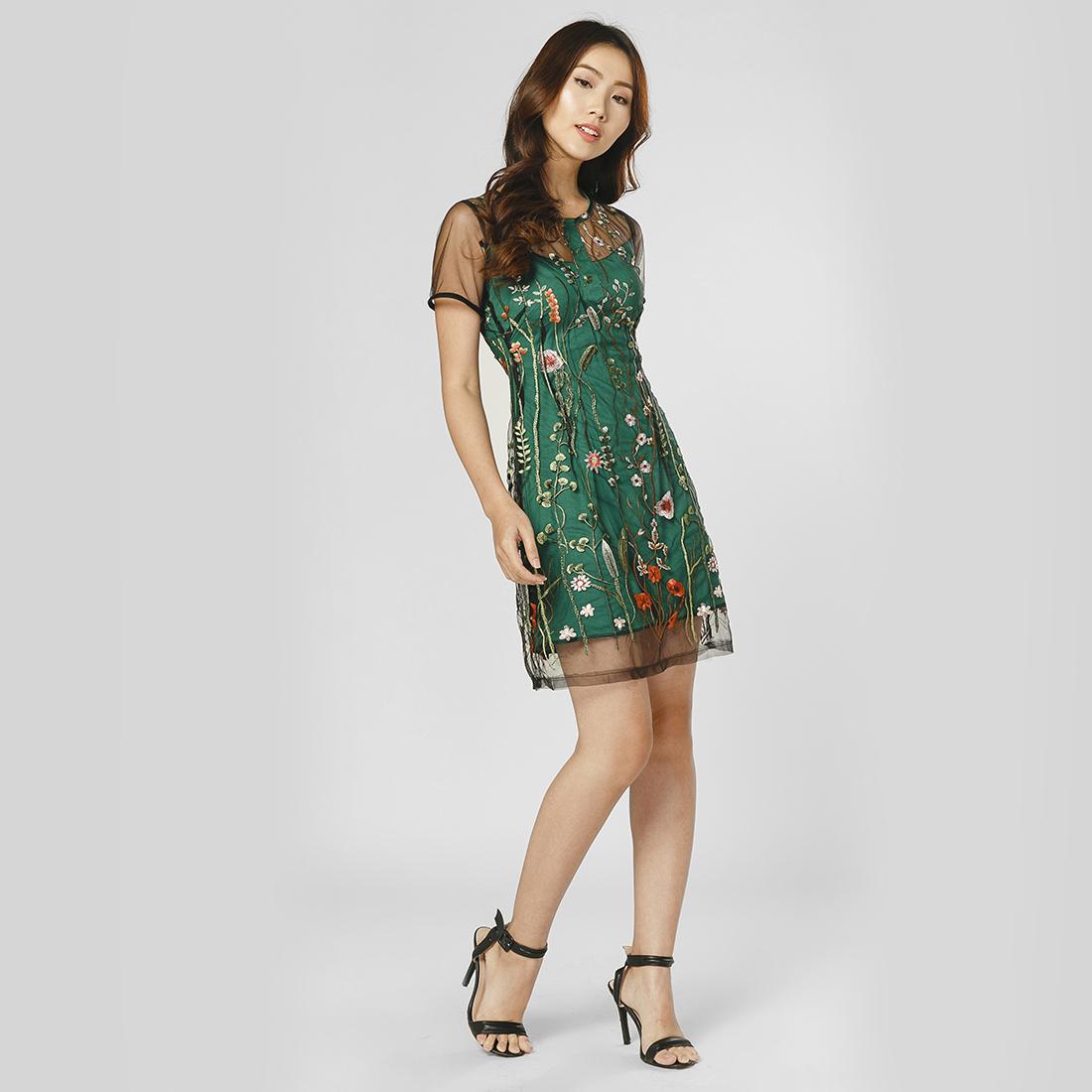 Đầm suông thời trang Eden phối lưới họa tiết thêu hoa (Xanh) - D234