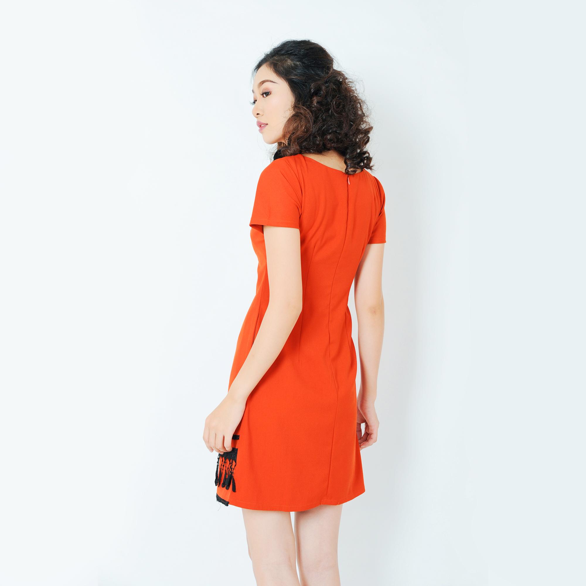 Đầm suông kết tua rua thời trang Eden D200 (cam)