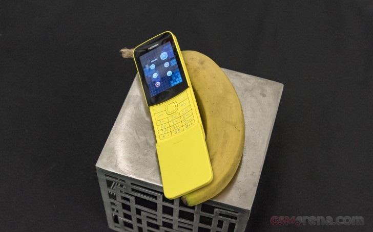Điện thoại Nokia 8110 vàng