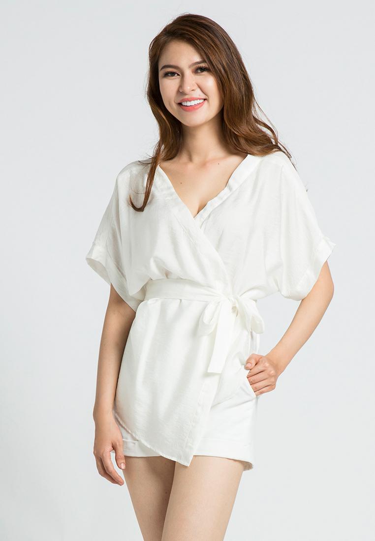 Áo kiểu kimono kèm dây thắt lưng Hity TOP088 (trắng kim cương)