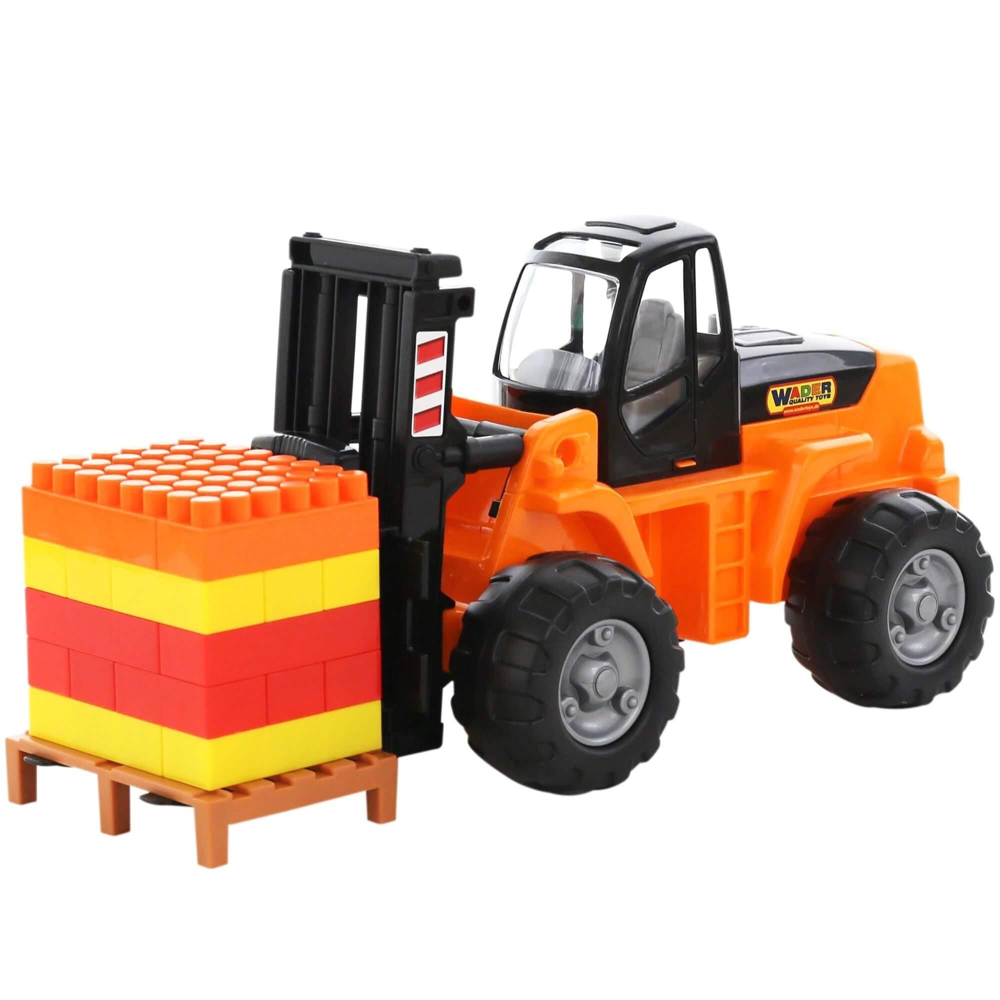 Xe nâng kèm bộ xếp hình 30 chi tiết đồ chơi - Wader Quality Toys