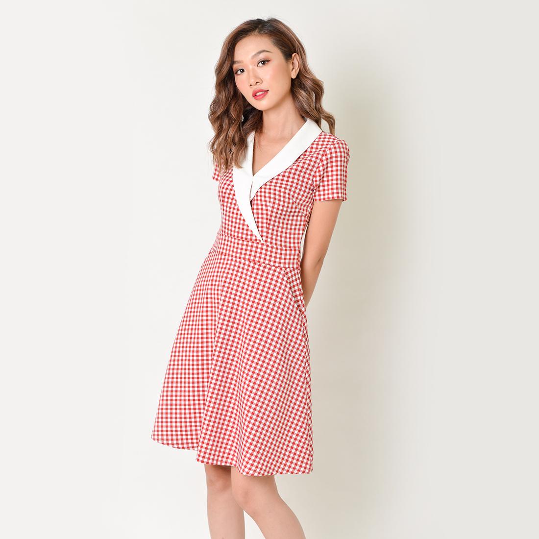 Đầm chữ A thời trang Eden caro cổ vest – D339