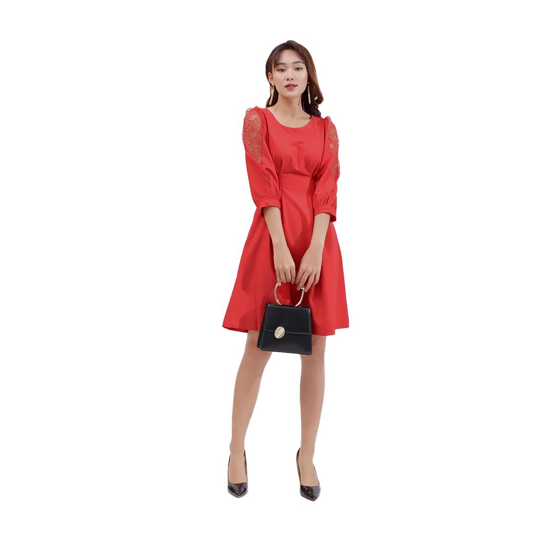 Đầm xòe thời trang Eden tay lỡ phối ren màu đỏ – D385