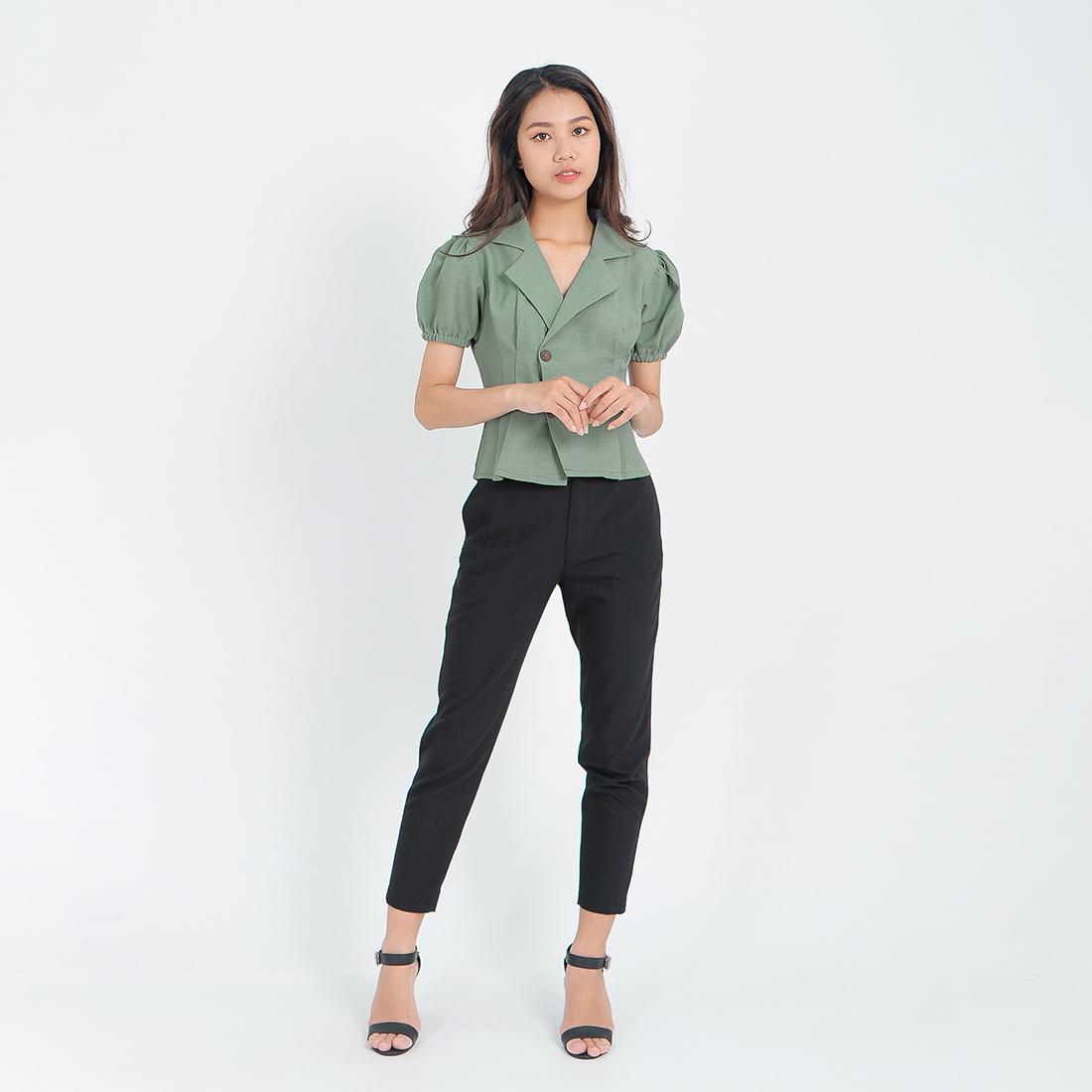 Áo kiểu thời trang Eden dáng ngắn cổ vest xếp li – ASM085