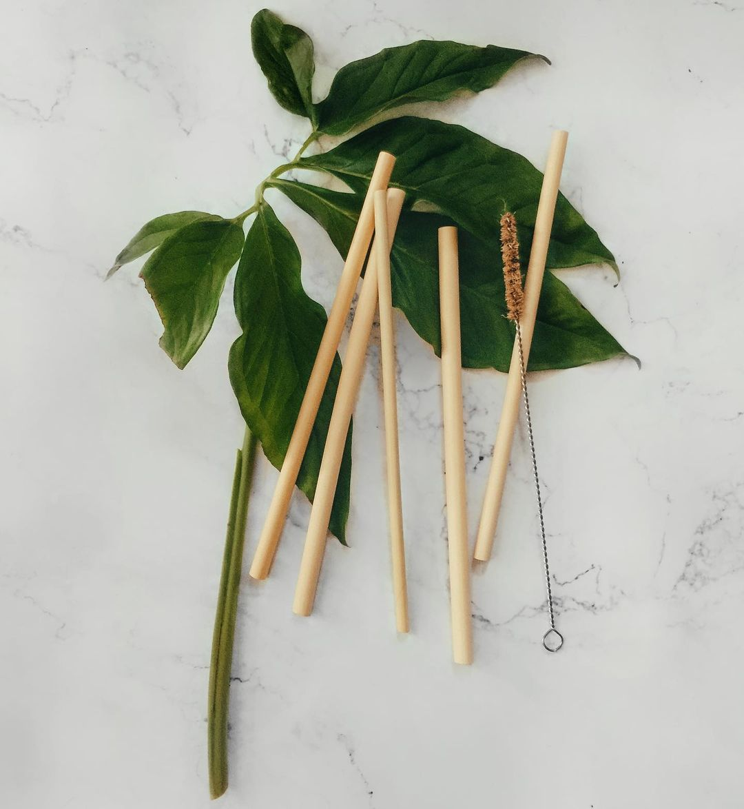 Ống hút Tre, Bamboo straws, 1 thùng size S20, Đường kính từ 6mm đến 9mm, dài 200±2mm, số lượng từ 1.800 đến 2.000 ống.