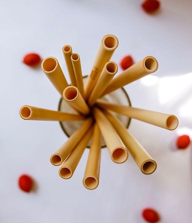 Ống hút Tre, Bamboo straws, 1 thùng size M20, Đường kính từ 9mm đến 12mm, dài 200±2mm, số lượng từ 1.000 đến 1.200 ống.