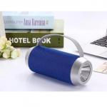 Loa bluetooth kết hợp đèn pin J5