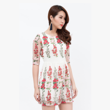 Đầm xòe Amun ren trắng thêu hoa đỏ DX126-HOADO