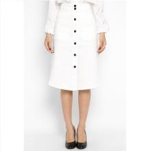 Chân váy bò midi trắng