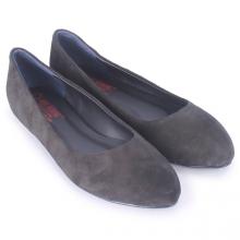 Giày nữ đế bệt Huy Hoàng da lộn màu đen HV7921