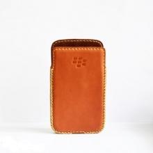 DTR - Bao da mộc BlackBerry Classic dạng cầm tay vuông màu nâu