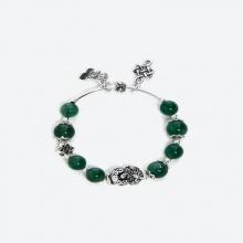 Vòng thạch anh ưu linh xanh phối tỳ hưu và charm bạc 925