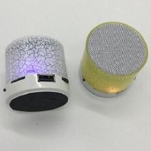 Loa mini bluetooth VT07 cực đẹp cực nhỏ gọn có đèn LED nháy theo nhạc cực sành điệu