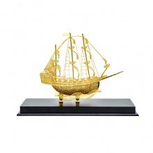Thuyền buồm phong thuỷ mạ vàng (loại nhỡ) - Biểu tượng thuận buồm xuôi gió - TBPT02