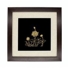 Quà tặng sếp nữ: Tranh hoa sen mạ vàng – THSMV01