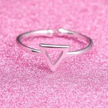 Nhẫn Hàn Quốc triangle - Tatiana - NB2405 (Bạc)