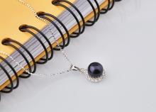 Opal - Dây chuyền bạc kèm mặt bạc hoa mặt trời đính ngọc trai đen_T09