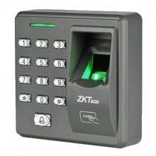 Kiểm soát ra vào vân tay, thẻ ZKTeco X7