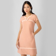 Đầm suông công sở Eden phối màu D316 (hồng)