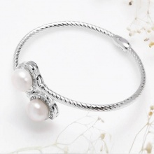 Lắc tay  Nice Flower Pearl  Eropi