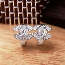Bông tai bạc Vivi Chanel