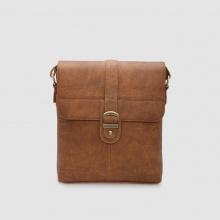 Túi đeo chéo nam phom vuông Idigo MB2-320-00